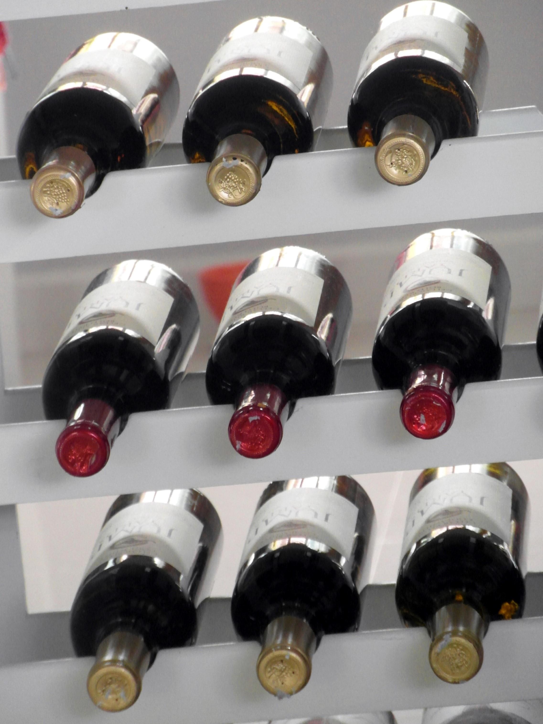 Wijn uit Frans paleis geveild