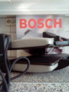 Contactgrill Bosch TFB3302V Review open met ruimte
