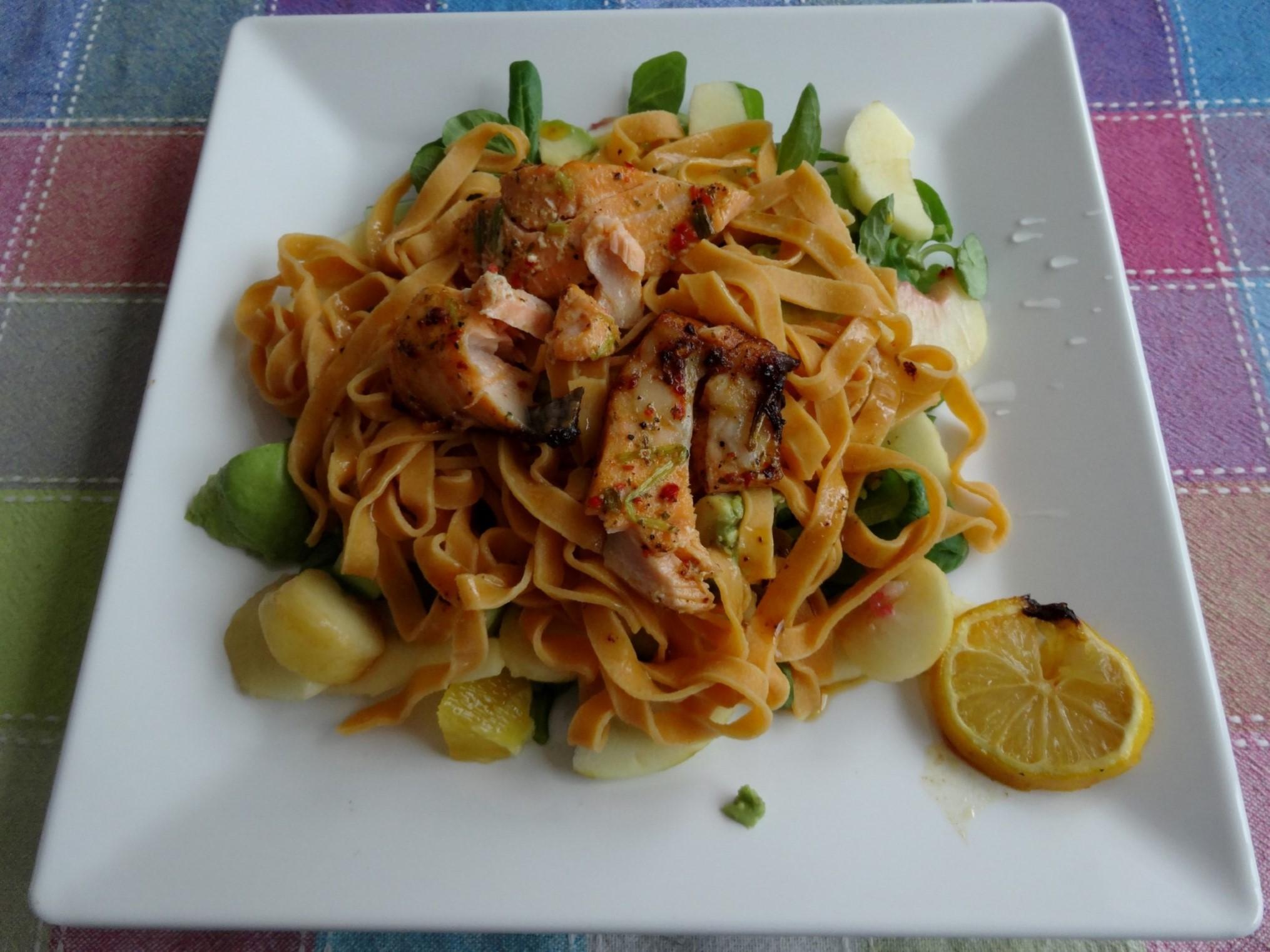 Avocado zalm salade recept