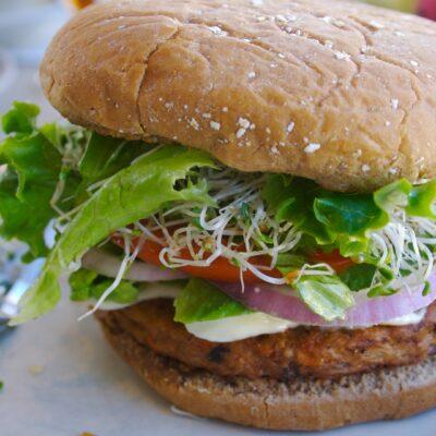 Recept voor kikkererwtenlinzenburger (vegetarisch)