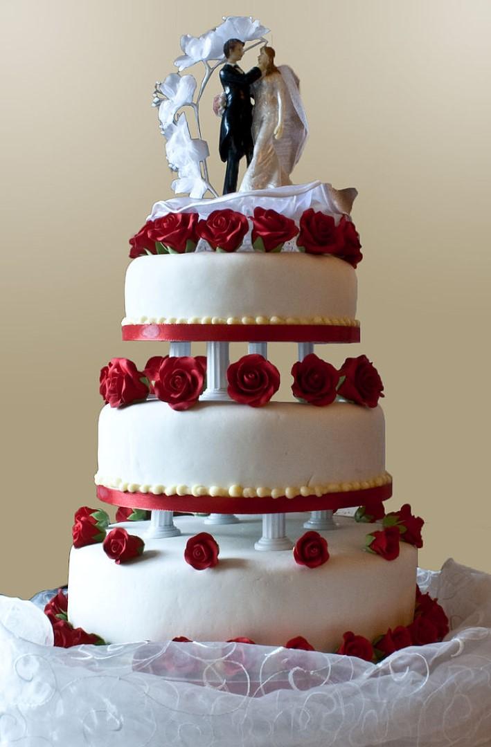 Video: 100 jaar bruidsgebak