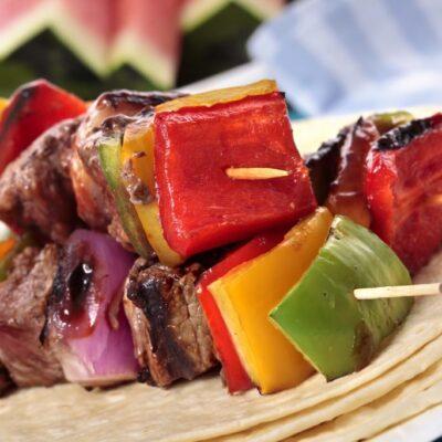 Makkelijke groentenspiesjes – vegetarisch of met vlees