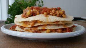 Mexicaanse tortilla taart met ingrediënten van La Morena