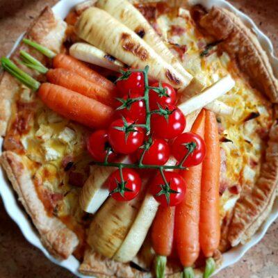 Recept quiche van knolselderij, ham, geroosterde pastinaak en bospeen