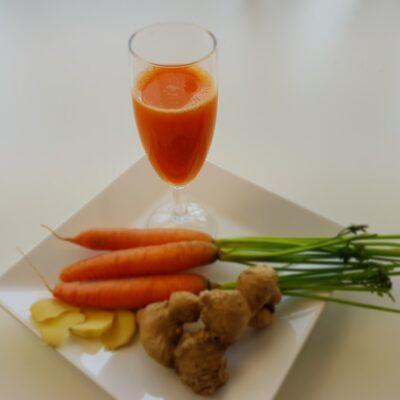 Sinaasappelsap met gember en wortel | videorecept