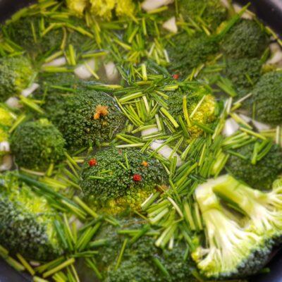 Broccolisoep uit de slowcooker – Recept