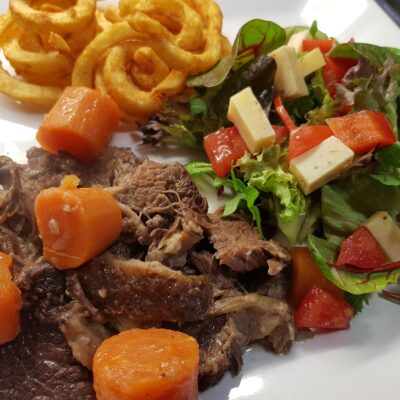 Stoofvlees met groente uit de multicooker – Videorecept